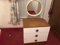 Dressing Chest Draw With Fitted Mirror