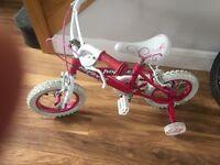 Girls bike with stabilisers