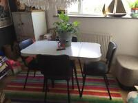 Retro Vingage table and chairs