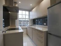 Stunning 2 double bedroom top floor flat easy access to transport links including holloway road