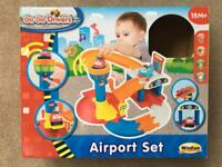 Go Go Drivers Airport Set toy - barely used
