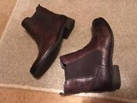 Clarks softwear boots - size 7