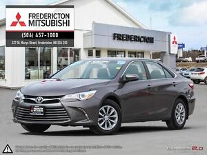2016 Toyota Camry LE!! BACKUP CAM! LOADED!