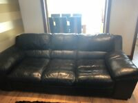 Black quality leather sofa's; 2 & 3 seaters