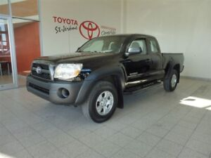 2011 Toyota Tacoma * AWD * MAGS * A/C * CD * MARCHE PIEDS *