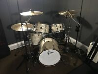 MUSIC/DRUM/BAND REHEARSAL/PRACTICE SPACE/ROOM
