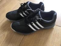 Junior golf shoes size 5