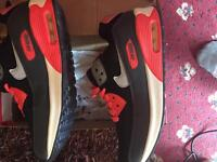 Nike Air Max Size 8 for Lady