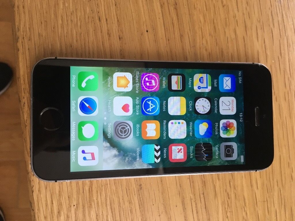 iPhone 5s 16gb unlockedin Plaistow, LondonGumtree - iPhone 5s 16gb unlocked In perfect working order, some minor wear and tear. £100 no offers can deliver