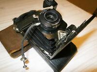 1920's Ansco No. 3 V.P. Junior roll film camera with original case