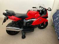 Child's battery powered motorbike