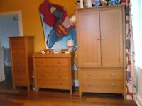 Mamas & Papas cot bed/bed, wardrobe, chest of drawers & tall boy set - good condition