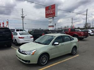 2011 Ford Focus SE, Drives Great Very Clean London Ontario image 1