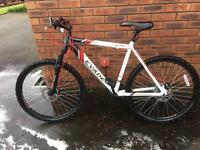 Mountain bike (apollo evade)