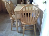 Light wood Kitchen Table and 4 Chairs