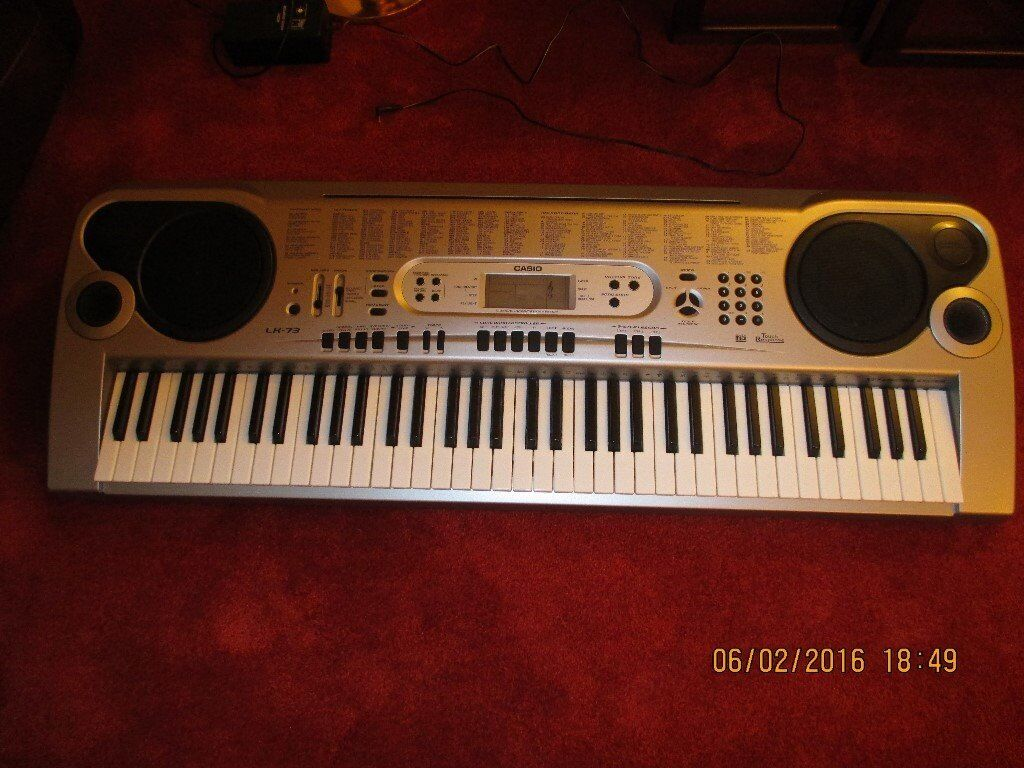 CASIO KEYBOARD GREAT FOR CHRISTMAS