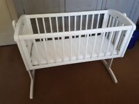 Swinging Baby Crib (White)