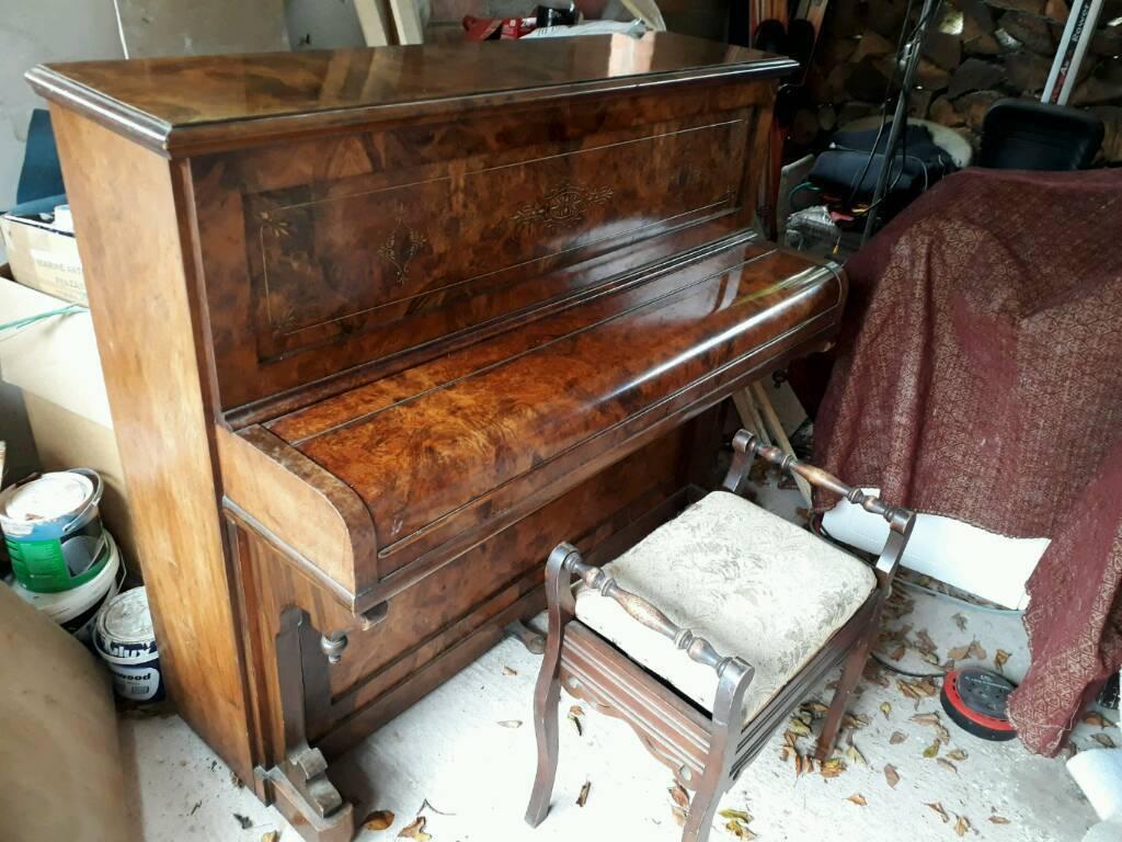 Piano - upright free