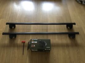 Exodus Roofbars S127 and Footpack FP7 to fit VW Touran.