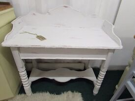 VINTAGE RUSTIC WASHSTAND TABLE SHABBY CHIC CHALK PAINT