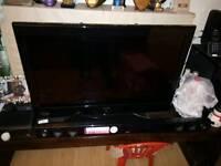 32 inch flat screen LCD TV