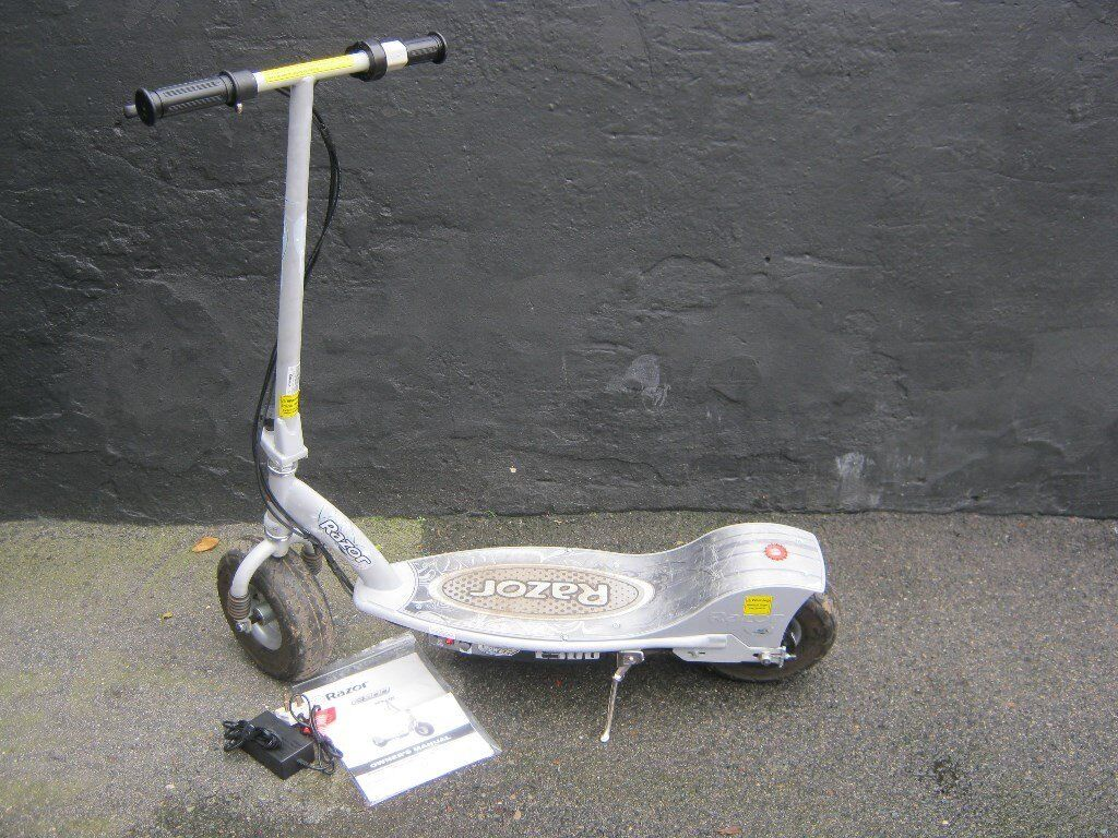Razor E300 Electric Scooter & Charger