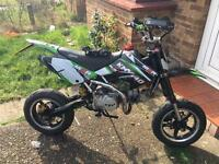 Road legal pit bike 140cc registered as a 125cc