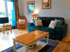 Abbeyhill. Bright and sunny flat close to city centre available for short let Jan 14th-May 31st