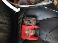 Used battire and charger good workibg order