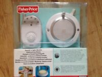 Fisher price Sound & Light baby monitor. With build-in nightlight and sound light from both sides.