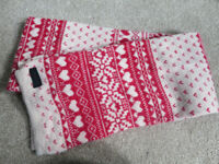 Ladies Scarf - Accessorise - Good condition