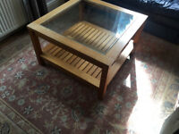 ABSOLUTE BARGAIN MARKS AND SPENCERS PAID £350.00 OAK COFFEE TABLE>>