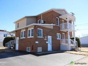 198 000$ - Duplex à vendre à Drummondville