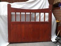 WOODEN GATES FOR DRIVEWAY. EXCELLENT CONDITION