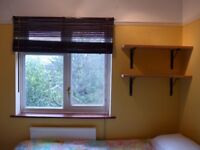 Large Single Room off Mill Rd £530pm incl. bills