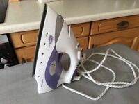 Morphy Richards steam iron. Very good condition.