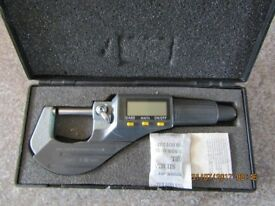 Electronic external digital micrometre 0-25mm