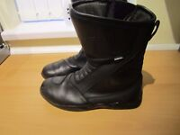 RICHA Motor bike boots size 10 and matching gloves