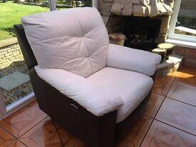 Recliner electric armchair