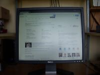 Dell Desktop 19inch Pc Monitor and Power cable.