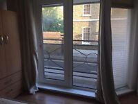 QMUL! 2 rooms available in the same house!