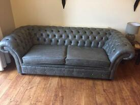 Chesterfield in vintage analine