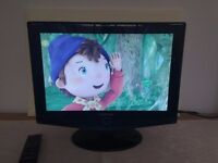 Samsung 19 inch LCD HD tv built in Freeview excellent condition