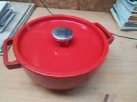 3.8 ltr Pyrex Cast Iron Casserole Dish
