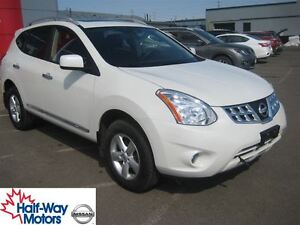 2013 Nissan Rogue S | Family-Friendly!