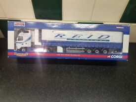 reid transport group limited edition CC14003 volvo fh curtainside