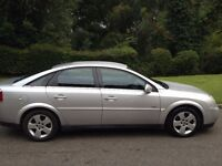 VAUXHALL VECTRA AUTOMATIC MOT 6 MONTHS VERY NICE DRIVE -ALLOY WHEELS-AIR CON-CD PLAYER