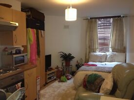 MODERN FURNISHED BASEMENT STUDIO INCLUDES COUNCIL TAX, AND WATER RATES. CLOSE TO PALMEIRA SQUARE