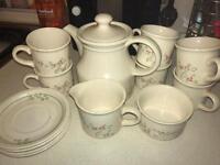 Bilton Tea Set. £40 ONO