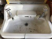 Vintage Peeras Sink with taps